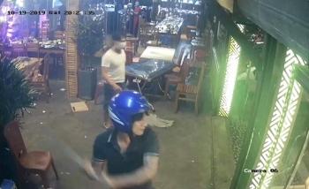 Đà Nẵng: Truy bắt nhóm côn đồ bịt mặt xông vào nhà hàng đập phá