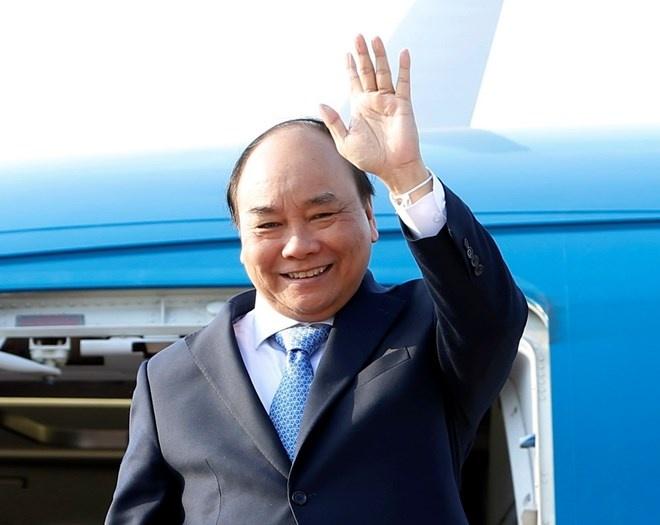 Thủ tướng lên đường dự lễ đăng quang của Nhật hoàng Naruhito