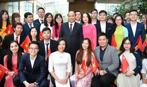 thu tuong den thuong hai bat dau chuyen tham du ciie 2018