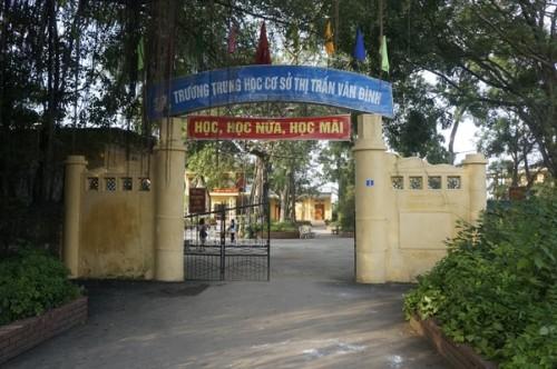 Vụ học sinh bị tát ở Trường THCS Vân Đình: Yêu cầu kỷ luật nữ giáo viên, kiểm điểm hiệu trưởng