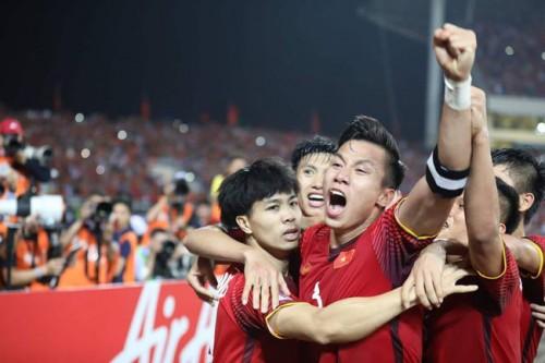 VinaPhone treo thưởng 1 tỷ đồng cho tuyển Việt Nam khi ghi bàn vào lưới tuyển Malaysia trong trận chung kết lượt đi