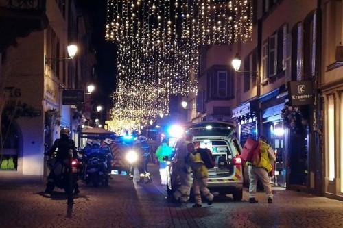 Xác định được danh tinh nghi phạm xả súng tại Pháp khiến ít nhất 15 người thương vong