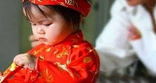 Phụ huynh cần chăm sóc tốt cho trẻ ngày Tết