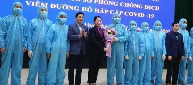 Thêm 142 ca tử vong và hơn 2.000 ca nhiễm mới tại Trung Quốc đại lục