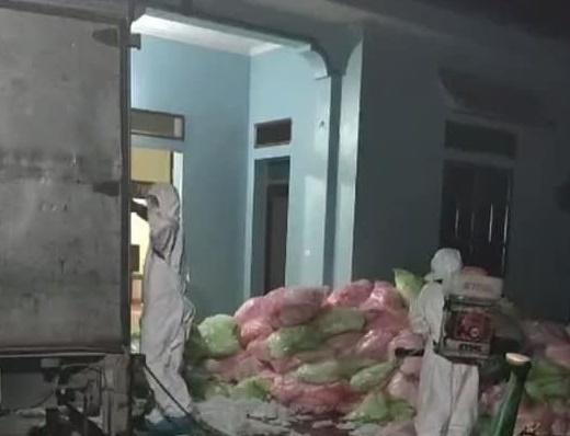 Lực lượng chức năng phát hiện đối tượng thu gom 620kg khẩu trang cũ từ Vĩnh Phúc