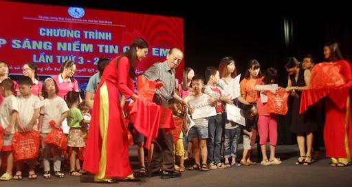 Giáo sư Nguyễn Tài Thu- Tấm gương y đức sáng ngời