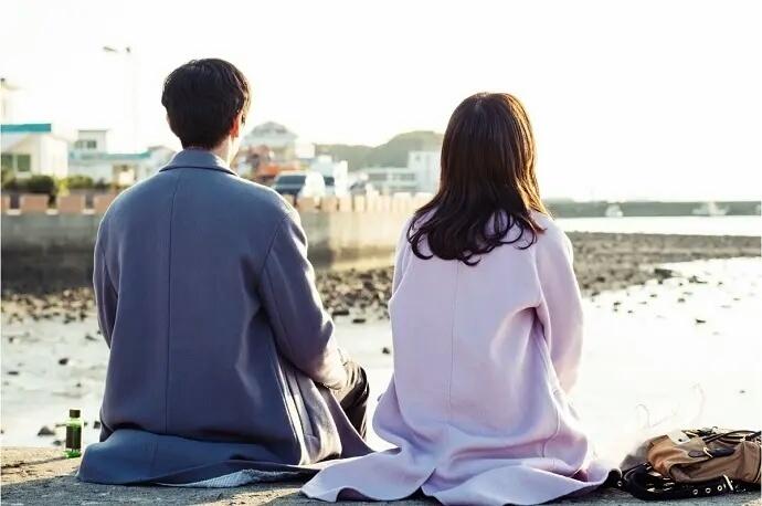 Cách phụ nữ thông minh không bao giờ làm khi vợ chồng mâu thuẫn