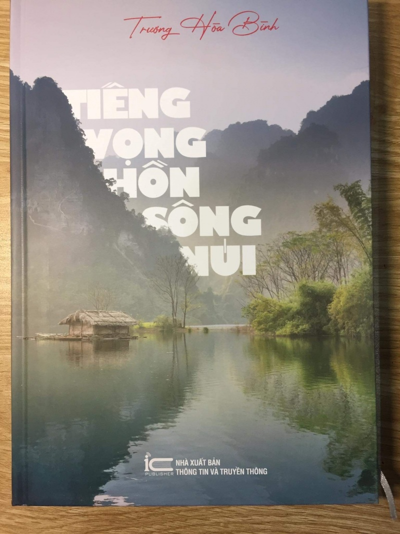 tieng vong hon song nui tieng vong mot hon tho