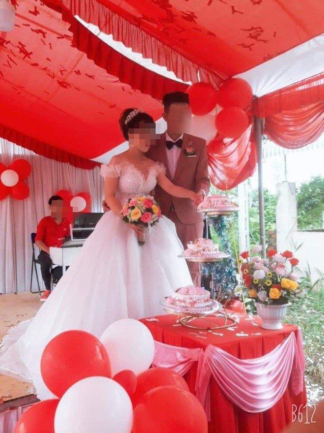 Lỡ 'ăn cơm trước kẻng', cô dâu trẻ bị nhà chồng hắt hủi phải bỏ về ngay trong đám cưới