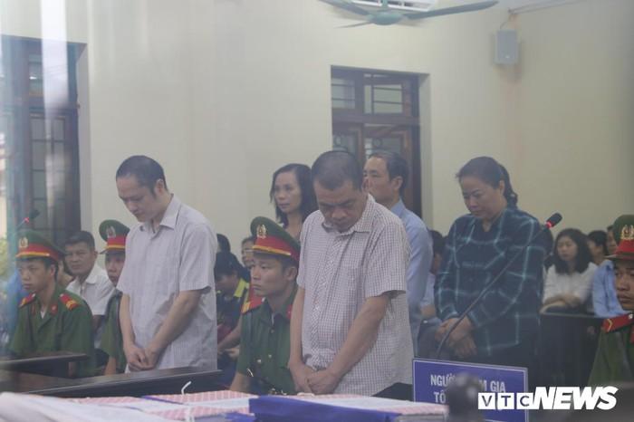 Vợ ông Triệu Tài Vinh có đơn xin vắng mặt tại phiên tòa xét xử gian lận thi cử Hà Giang