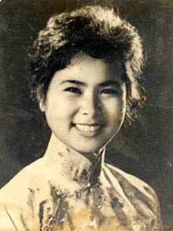 Đến với bài thơ hay viết về nữ sĩ tài danh Xuân Quỳnh:  Trang thơ - Trang đời
