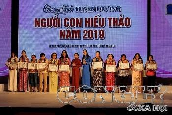 48 guong dien hinh nguoi con hieu thao nam 2019