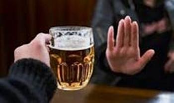 tu choi ruou bia cung can ban linh