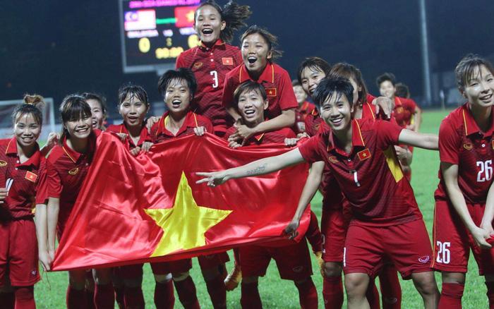 Đội tuyển bóng đá nữ Việt Nam vô địch SEA Games, được thưởng hơn 15 tỉ đồng