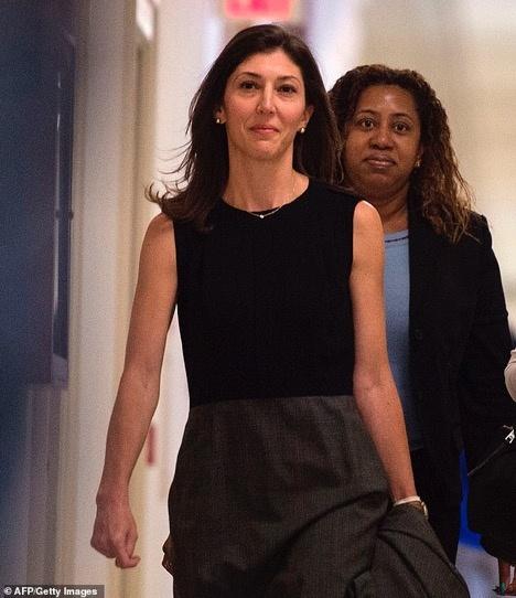 Nữ cựu luật sư kiện Bộ Tư pháp Mỹ vì tiết lộ tin nhắn riêng tư