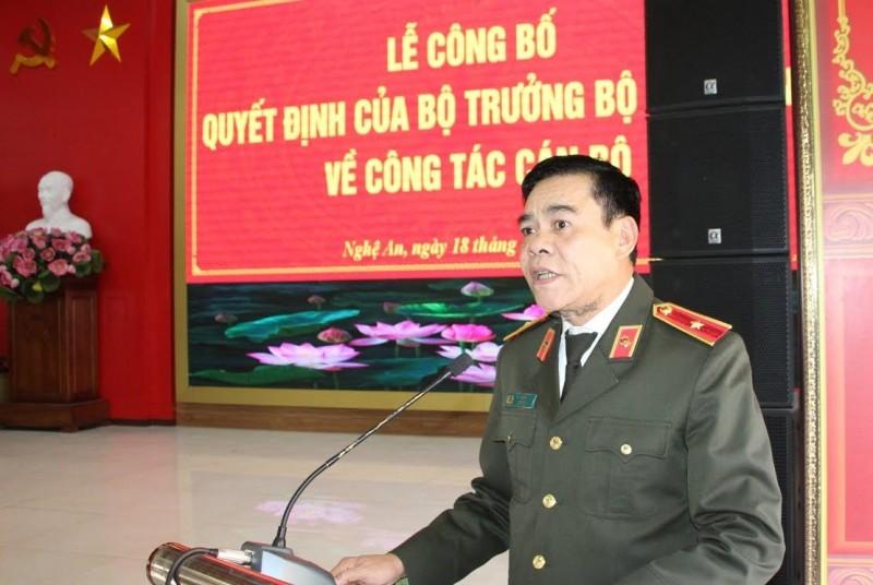trao quyet dinh bo nhiem pho giam doc cong an tinh nghe an