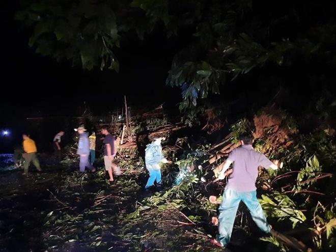 Sạt lở đất nghiêm trọng ở Quảng Nam khiến 53 người mất tích