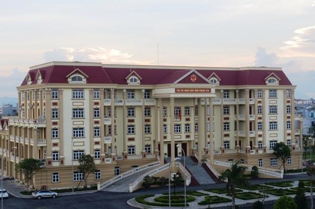 """Vụ điều động Chánh án TAND thành phố Thanh Hóa: Không nên """"cầm đèn chạy trước ô tô"""""""