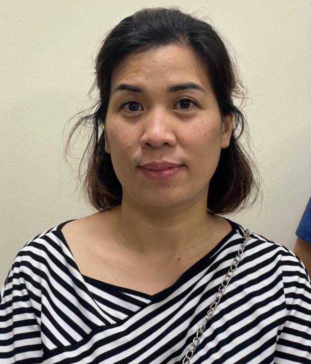 Khởi tố nữ kế toán làm giả giấy đi đường từ Hà Nội về Nghệ An với giá 1 triệu đồng/ người