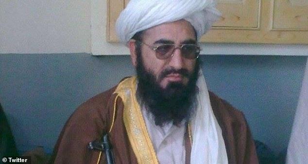 ai la nguoi chi huy luc luong taliban o afghanistan