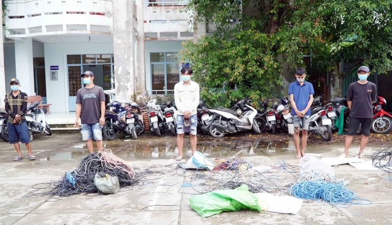 Kiên Giang: Rủ nhau trộm dây điện trong thời điểm thực hiện giãn cách xã hội