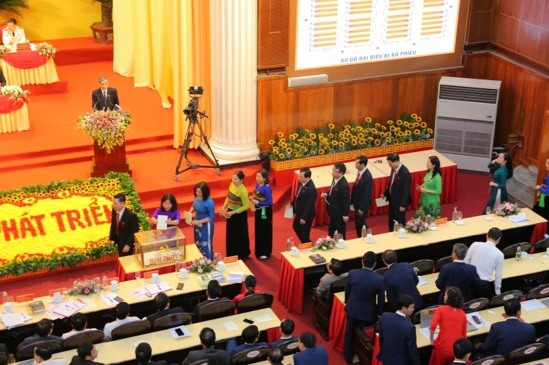 Bầu 65 người tham gia Ban Chấp hành khóa XIX, nhiệm kỳ 2020-2025