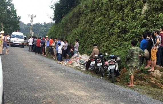 Hà Giang: 3 người cùng gia đình tử vong trong xe Mercedes