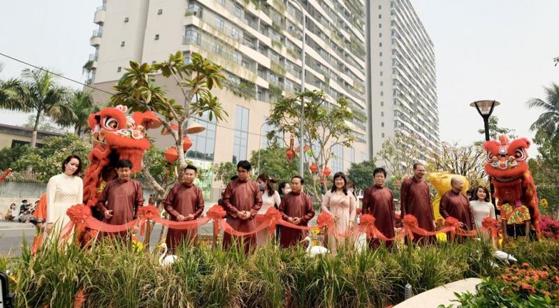 phuc khang khanh thanh cong vien hoa xuan tai diamond lotus riverside