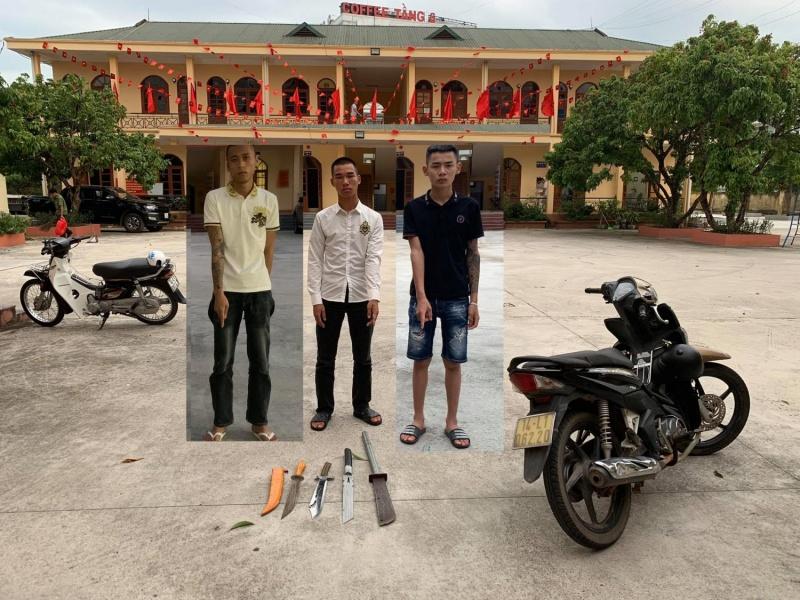 Quảng Ninh: Cầm hung khí phóng xe nghênh ngang giữa đường, nhóm thanh niên bị xử phạt 12 triệu đồng
