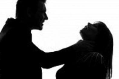 Quảng Ninh: Mâu thuẫn tình cảm, dùng dao giết người yêu trong nhà nghỉ