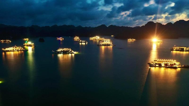 Quảng Ninh: Từ ngày 10/7 giảm 50% phí vào điểm tham quan lưu trú trên vịnh Hạ Long