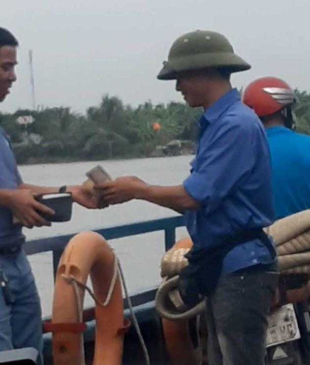 Hải Phòng: Giám đốc bến phà bị cách chức vì thu tiền không xé vé