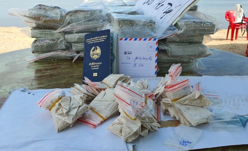 Quảng Ninh: Tiêu hủy 100 bánh Heroin