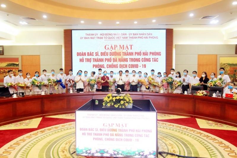 Hải Phòng: Cử 33 bác sĩ, điều dưỡng lên đường hỗ trợ Đà Nẵng