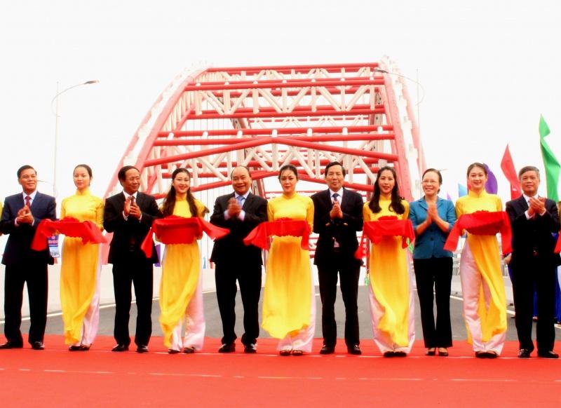 Hải Phòng: Thủ tướng dự lễ thông xe cầu vòm nhịp lớn nhất Việt Nam