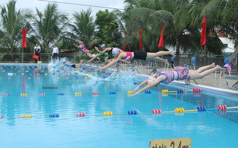 Quảng Ninh: Khai mạc Giải bơi Hội khỏe Phù Đổng lần thứ X