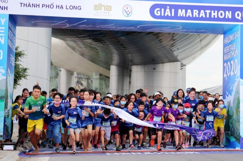Hơn 2.500 vận động viên tham gia Giải Marathon Quốc tế Di sản Vịnh Hạ Long 2020
