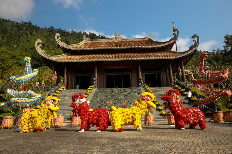 Đà Nẵng: Lễ hội thần tài mừng xuân Canh Tý tại khu du lịch Núi Thần Tài