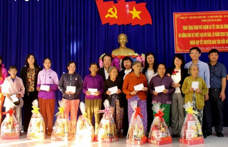 Quảng Ngãi: Gần 47.500 hộ nghèo, cận nghèo được nhận quà Tết