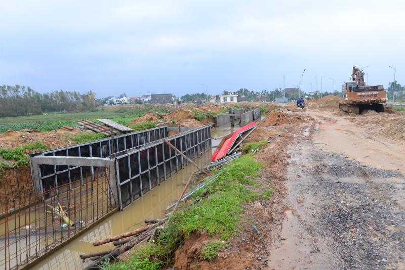 Quảng Ngãi: Cuối năm đột xuất kiểm tra hàng loạt gói thầu tiết kiệm ngân sách