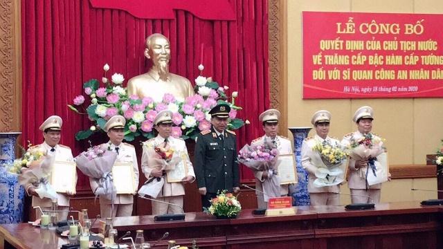 Thăng cấp bậc hàm Thiếu tướng cho Giám đốc Công an tỉnh Quảng Nam