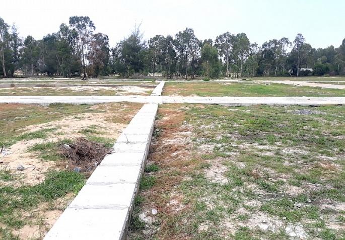 Quảng Nam: Khởi tố 2 đối tượng hô biến đất vườn thành dự án