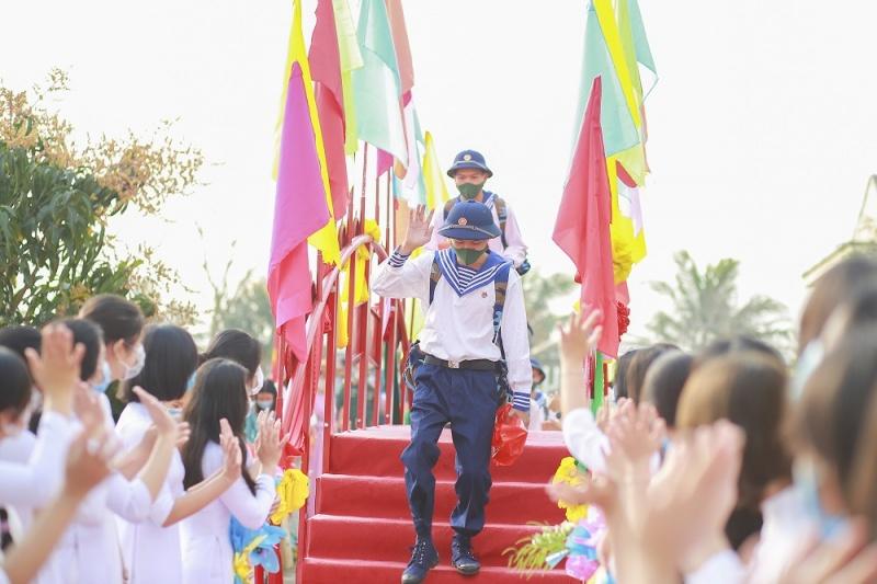 Quảng Ngãi: Thanh niên các huyện, thị, thành phố lên đường nhập ngũ