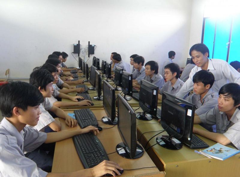 Quảng Ngãi: Đề xuất một giáo viên dạy nhiều trường