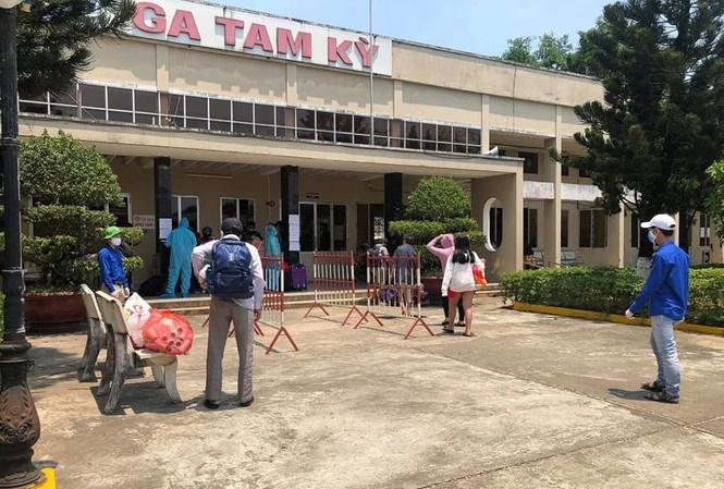 Quảng Nam: Hạn chế vận chuyển khách từ Hà Nội và TPHCM đến ga Tam Kỳ