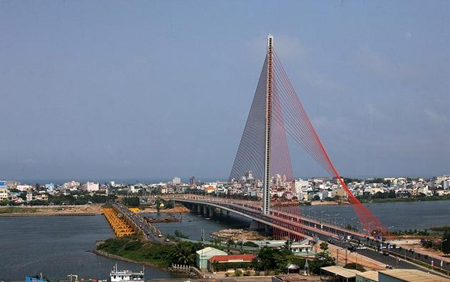 Đà Nẵng: Nghiên cứu xây dựng thêm cầu mới qua sông Hàn