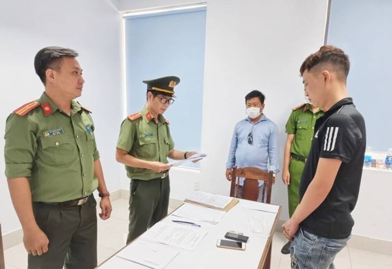 Đà Nẵng: Điều tra đường dây lợi dụng giải cứu công dân để đưa người nhập cảnh trái phép