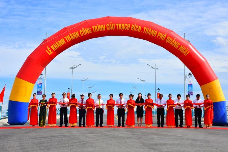 Quảng Ngãi: Khánh thành cầu Thạch Bích bắc qua sông Trà Khúc