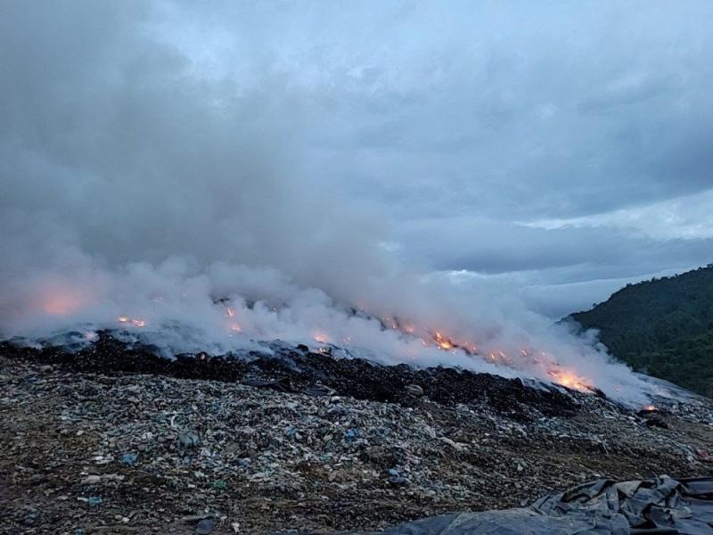 Đà Nẵng: Đã xác định nguyên nhân gây cháy bãi rác Khánh Sơn
