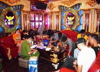 quang nam phat hien 11 doi tuong su dung ma tuy trong quan karaoke